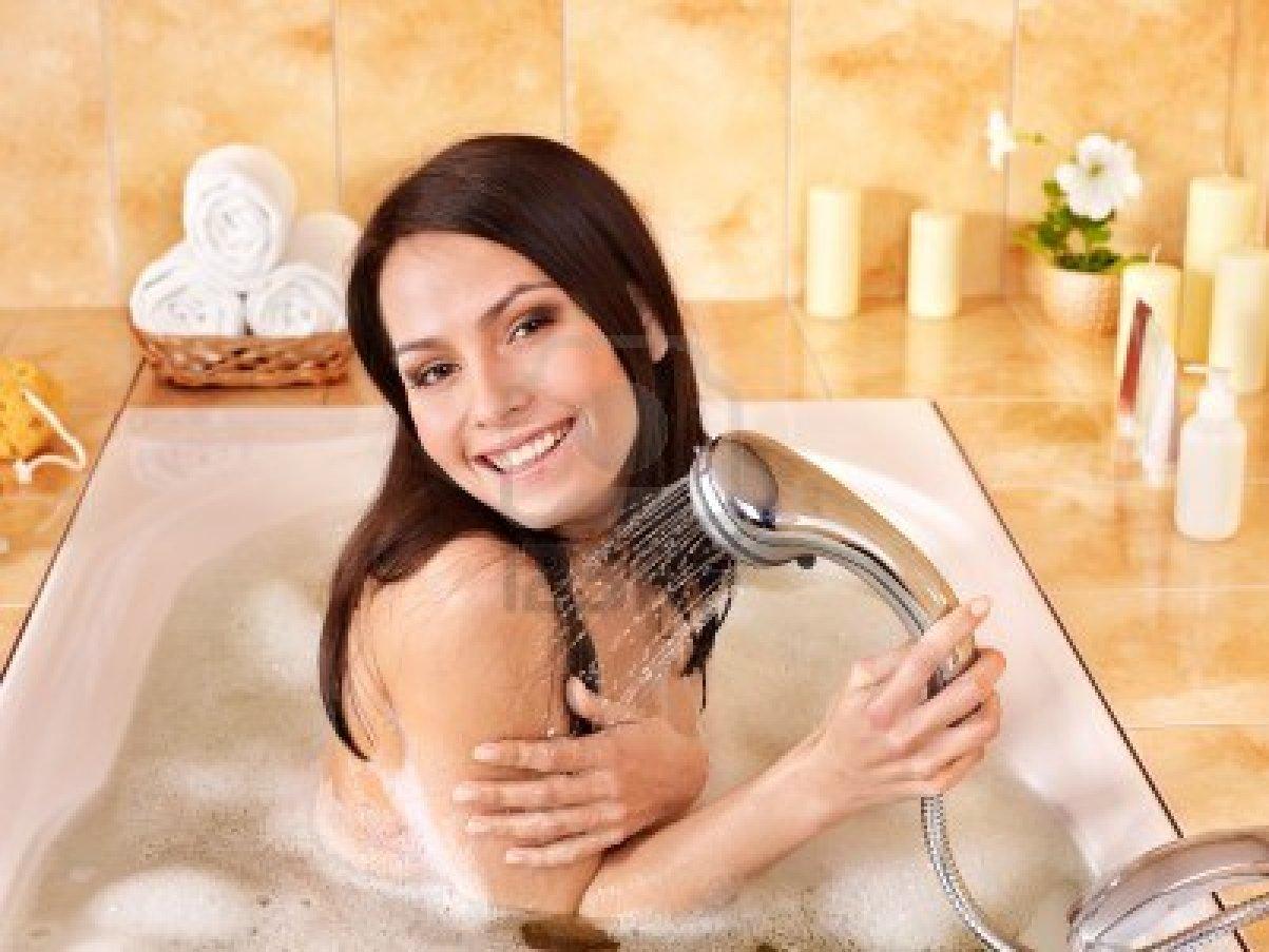 Có cần tắt bình nóng lạnh trước khi tắm