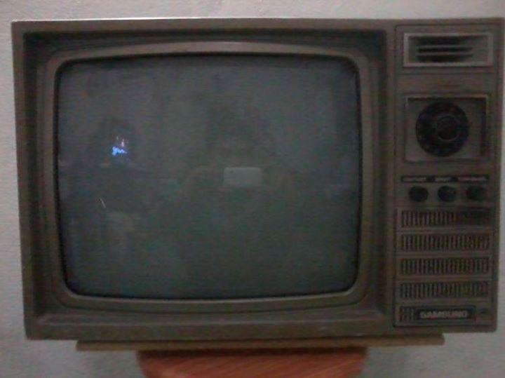 mua tivi cũ tại nhà Hà Nội
