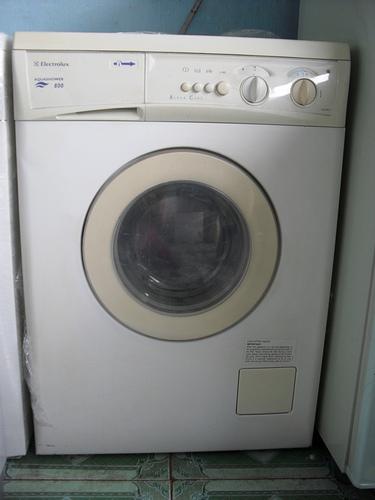 mua máy giặt cũ bền đẹp 1